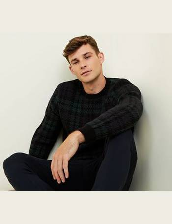 32b3f9805bf Shop Men's New Look Crew Neck Jumpers up to 80% Off | DealDoodle