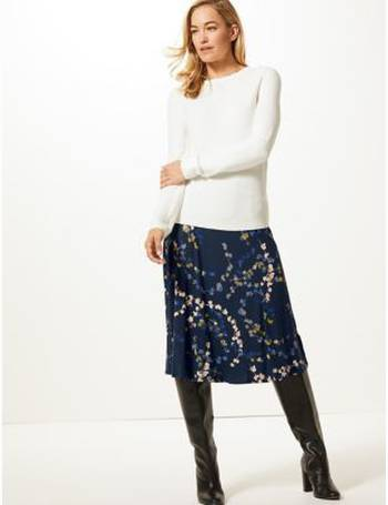 22ad208966bf Shop Women's Marks & Spencer Printed Skirts up to 85% Off | DealDoodle