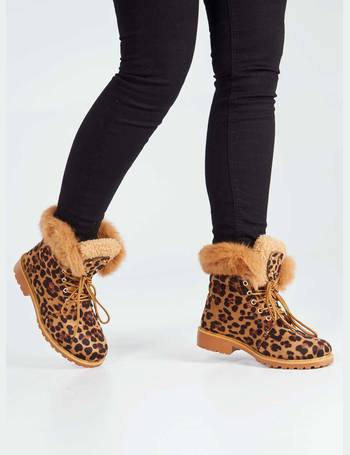a14065d7818 TAIS - Faux Fur Panel Flat Leopard Print Boots