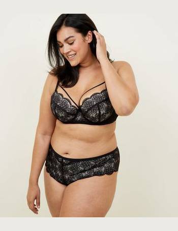 893cb146225 Curves Black Scallop Lace Brazilian Briefs New Look from New Look