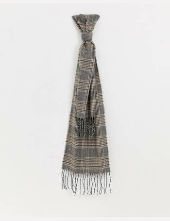 80b1950ec5f33 Shop Women's New Look Check Scarves up to 65% Off   DealDoodle