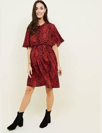 2c8a4eafbba6 Maternity Red Animal Print Tie Front Dress New Look from New Look