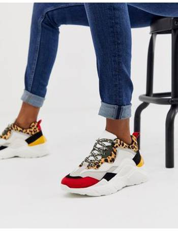 esqueleto Generoso Oblea  Shop Steve Madden White Trainers for Women up to 70% Off | DealDoodle