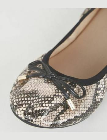 cb1dee6ec9 Wide Fit Stone Faux Snake Ballet Pumps New Look from New Look