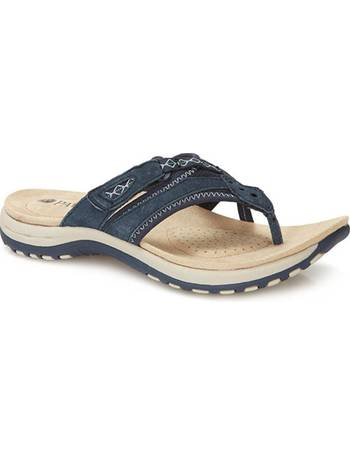 562908f18146 Shop Women s Sport Sandals up to 70% Off