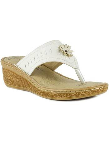 f417c523d3a7 Softlites. Womens White Comfort Toe Post Sandal. from Shoe Zone