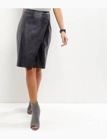 4e8c85efe Shop Women's Midi Skirts From New Look up to 85% Off | DealDoodle