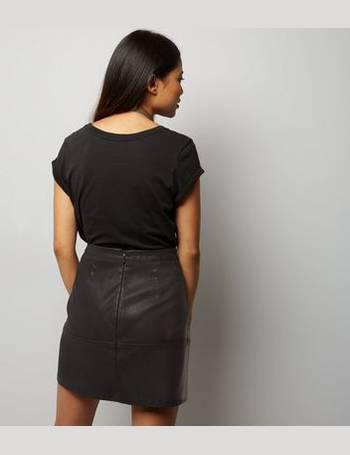 ddbd3cc0a Petite Black Seam Trim Leather-Look Mini Skirt New Look from New Look