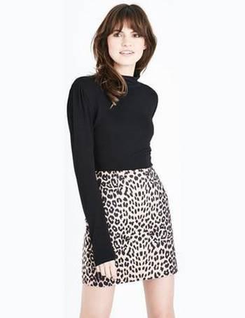 e87b7d9066 Shop Women's Cameo Rose Skirts up to 70% Off   DealDoodle