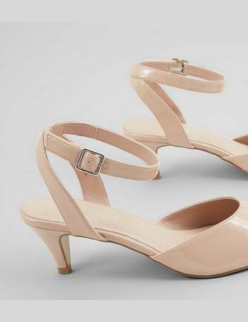 eeeb6a201000 Wide Fit Nude Pink Comfort Patent Kitten Heels New Look from New Look