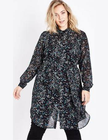8eaabe4b Curves Black Ditsy Floral Chiffon Longline Shirt New Look from New Look