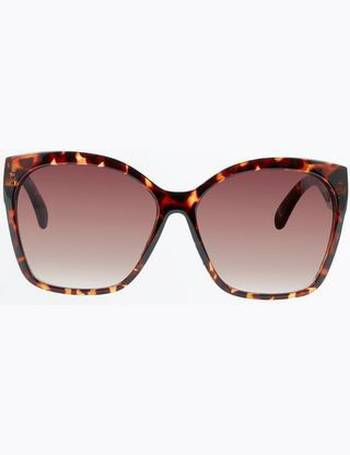 1da74848c7 Dark Brown Tortoiseshell Oversized Sunglasses New Look from New Look