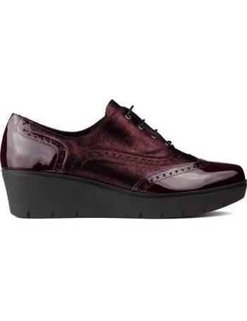 1363b773ec41 Shop Women s Kroc Shoes up to 35% Off