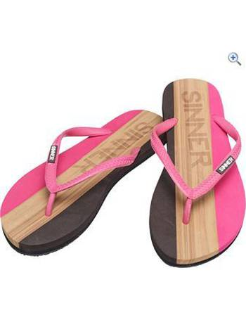 99b5e87aff19e5 Shop Women s Go Outdoors Sandals up to 75% Off
