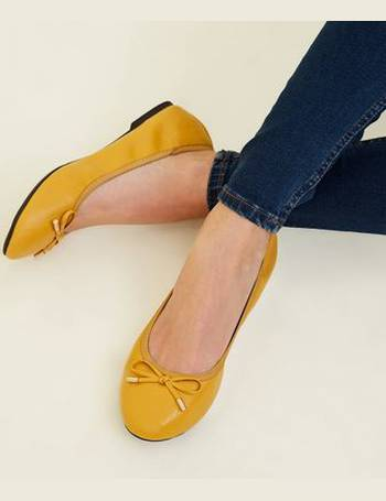 86ed282471 Wide Fit Mustard Bow Front Elasticated Ballet Pumps New Look from New Look