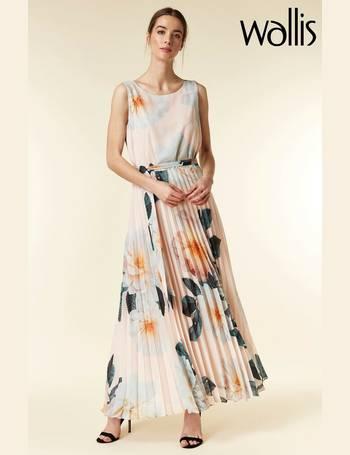 31f38bc2f8e Shop Women's Wallis Dresses | DealDoodle
