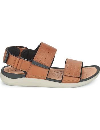 Shop Men's Clarks Sandales  up to 70% Off   Sandales DealDoodle 592b48