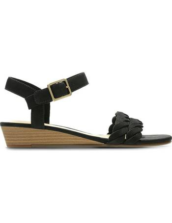 7f1e901f3a5a20 Shop Clarks Womens Sandals up to 70% Off