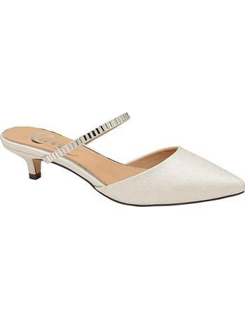 8f4f1921de4 Shop Women s Ravel Shoes up to 80% Off