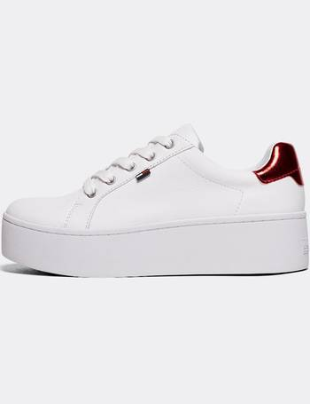 3db02521 Shop Women's Tommy Hilfiger Trainers up to 60% Off | DealDoodle