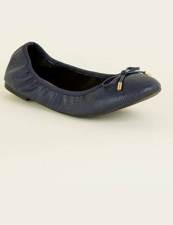 0c5934799a Wide Fit Navy Faux Croc Elasticated Ballet Pumps New Look from New Look