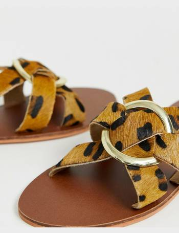 b2de58687292 Warehouse. leather sandals with ring detail in leopard print