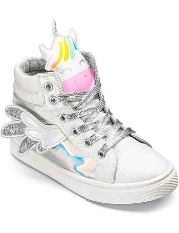 cd7458c71f96c2 Shop The Kids Division Girl s Trainers up to 40% Off
