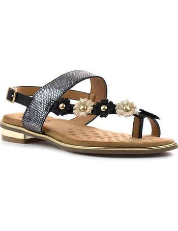 c900b090055c Womens Black Floral Toe Thong Flat Sandal from Shoe Zone