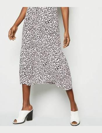 867493030a6 White Spot Print Tiered Hem Shirt Midi Dress New Look from New Look