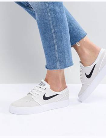 Médico Paternal Banquete  Shop Nike SB Trainers for Women up to 65% Off   DealDoodle