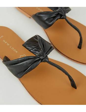 c42bdb8283e Wide Fit Black Leather Ruched Flip Flops New Look from New Look