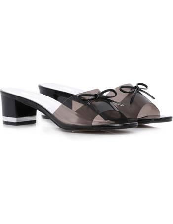 faf28e28ec Shop Women's Low Heel Sandals up to 75% Off | DealDoodle