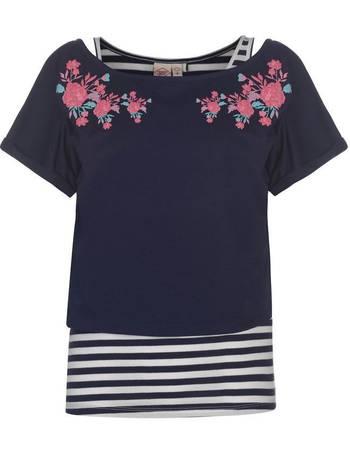 877840552421af Shop Women's Lee Cooper T-shirts up to 85% Off   DealDoodle