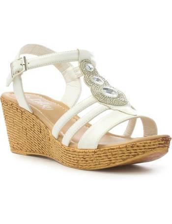 4e0e485613 Shop Women's Lilley Sandals up to 60% Off | DealDoodle