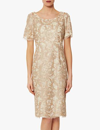 Shop Women s Lace Dresses From Gina Bacconi up to 50% Off  4fef54384