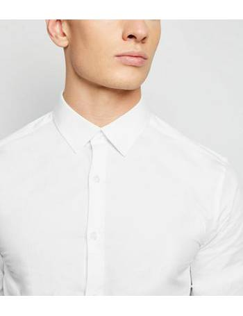 23a709c7 White Long Sleeve Muscle Fit Poplin Shirt New Look from New Look