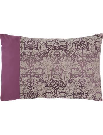 Shop Julian Charles Pillowcases