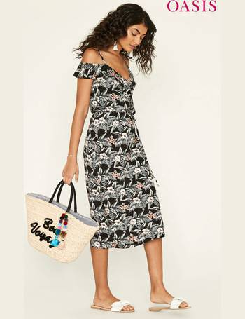 0f3429ab93a4 Shop Oasis Women's Wrap Dresses up to 55% Off | DealDoodle