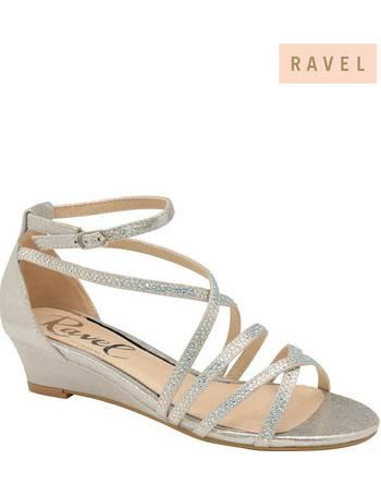 e7336334c Shop Women s Ravel Sandals up to 80% Off