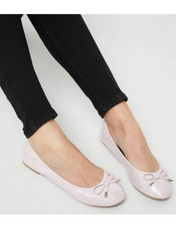 ea7b16c164 Wide Fit Lilac Faux Croc Elasticated Ballet Pumps New Look from New Look
