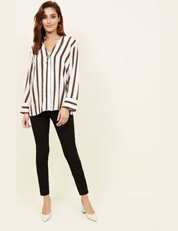 09d82b640c935f Shop Women's New Look Striped Blouses up to 70% Off | DealDoodle