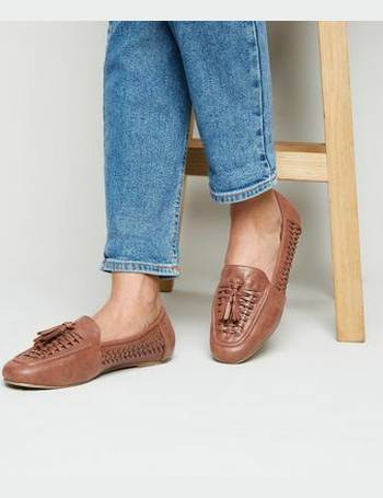 26f4676e0ae Wide Fit Tan Leather-Look Woven Loafers New Look from New Look